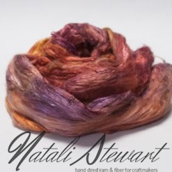 53 gr Hand Dyed A Grade Mulberry Silk Brick / Top