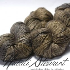 120 gr / 480 m Superwash Merino / Silk / Yak Yarn