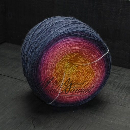 "806 m / 203 gr Gradient SW Merino Single / Mulberry Silk Yarn ""Sunrise"""
