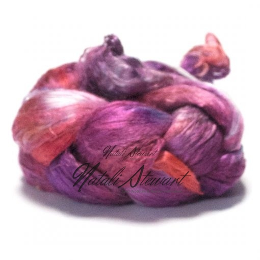 51 gr Hand Dyed A Grade Mulberry Silk Brick / Top