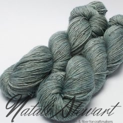 "120 gr / 480 m Superwash Merino / Silk / Yak Yarn - Solid Color ""Duck Egg"""